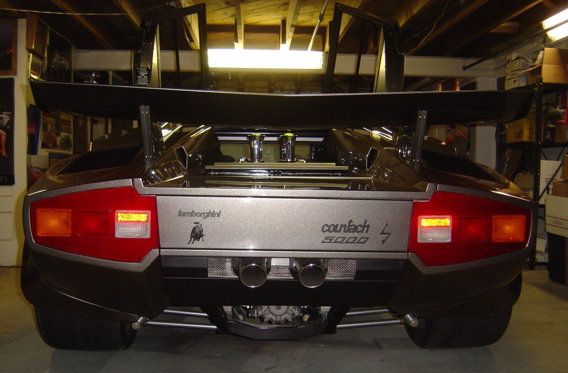 handmade lambo countach built from scratch stuck in. Black Bedroom Furniture Sets. Home Design Ideas